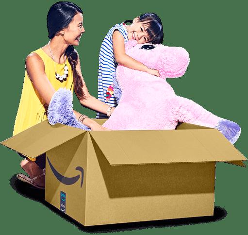 Clients Amazon ouvrant un colis Amazon contenant un gros cheval rose en peluche
