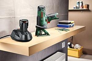 Akku und Ladegerät für die Akku-Multisäge PST 10,8 LI sind separat erhältlich.