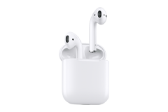 Apple AirPods with Charging Case (一世代前のモデル)
