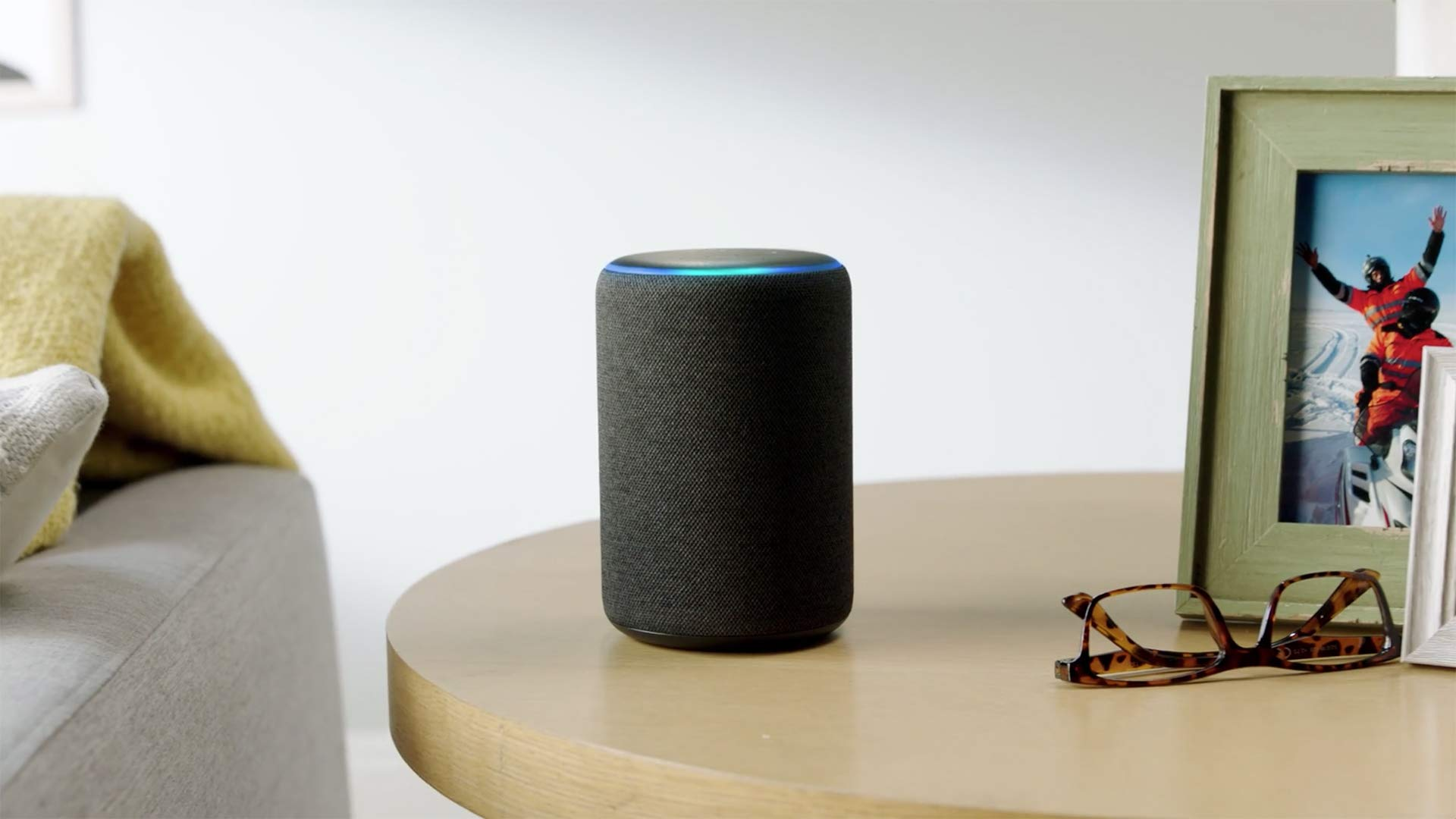 Echo Plus (2nd gen) – Premium sound with built-in smart home hub - Charcoal