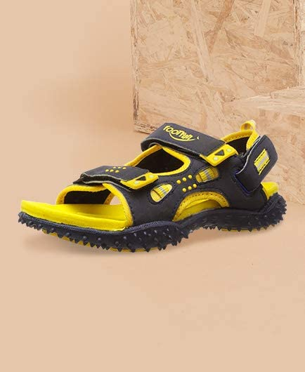 Boys' Sandals & Floaters