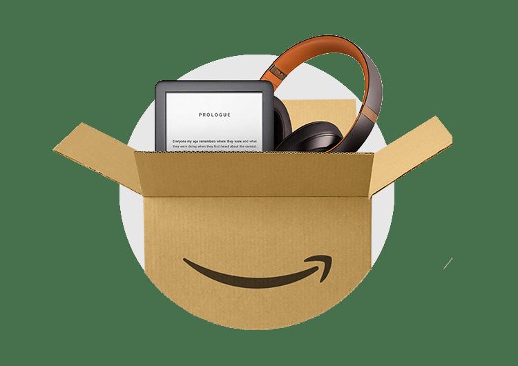 Bild av Amazons leveransförpackning med hörlurar som sticker ut