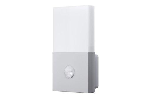 OSRAM Noxlite LED Wall Außenlampe mit Bewegungsmelder und Dämmerungssensor / Kühlkörper aus hochwertigem Aluminium / 6W, 6000K - kaltweiß, silber
