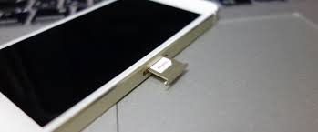 F.Wave【Amazon限定】LuckyゴールドカラーnanoSIM変換アダプター4点セットGoldcolor(標準マイクロNano)iPhone6/6plus/5S/5C/4S/4/3GS/3用Gold金色f.waveofFuturePlusOriginal