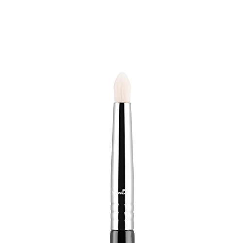 Sigma Beauty Professional E30 Pencil Synthetic Eye Makeup Brush with SigmaTech fibers for Highlighting, Lining and Blending Eyes