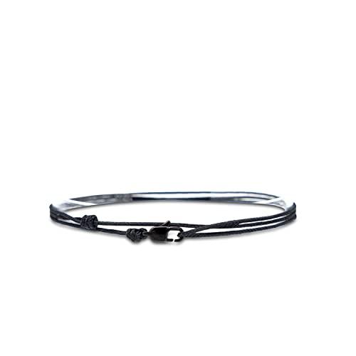 Made by Nami Dünnes Wickel-Armband Herren & Damen mit Karabiner-Haken Verschluss Handmade - Maritimer Surfer Schmuck - Minimalistisches Stoff-Armband - 100% Wasserfest & verstellbar (Schwarz Schwarz)