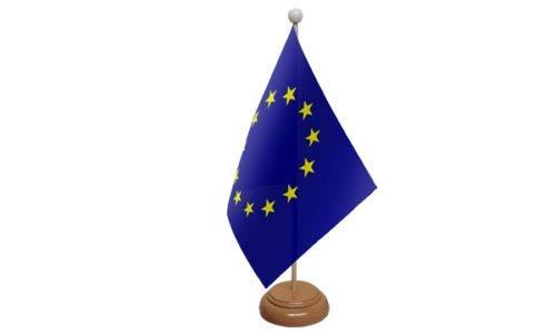 Bandera de escritorio de la Unión Europea (UE) y base de madera 9 x 6 pulgadas - Country - FlagSuperstore