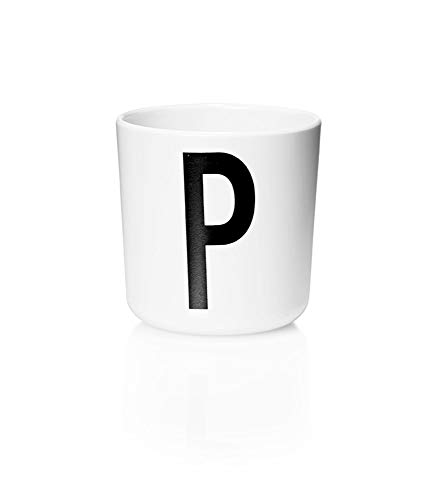 Design Letters Persönlicher Melamin Becher für Baby und Kinder (Weiß) - P - BPA-frei, BPS-frei, Multifunktionsbecher, erhältlich von A-Z, spülmaschinenfest, Zubehör ist separat erhältlich, 175 ml