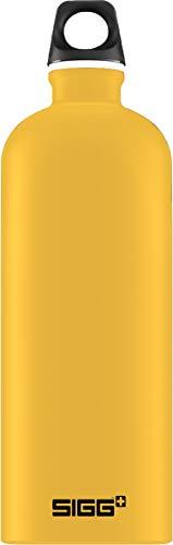 SIGG Mustard Touch Trinkflasche (1 L), schadstofffreie und besonders auslaufsichere Trinkflasche, federleichte Trinkflasche aus Aluminium