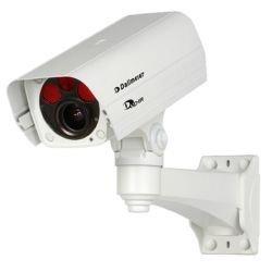 DF4920HD-DN-IR 3-9 mm DALLMEIER, HD Kamera, 3-Megapixel, Full High-Definition, 1080p/30, H.264, Tag/Nacht (ICR), integrierte IR-Beleuchtung, motorgetriebenes Varifokal-Objektiv, One-Push AF, P-Iris, PoE (Class 0), wettergeschützt, inkl. Outdoor-Wandhalterung, F1.2 - F2.3 / 3 - 9 mm. Die DF4920HD-DN/IR ist eine wettergeschützte 3-Megapixel HD Netzwerk-Kamera mit automatischer Tag/Nacht-Umschaltung und integrierter IR-(Infrarot-)Beleuchtung. Die Kamera liefert Full HD Video in Echtzeit (1080