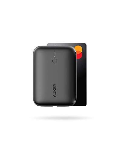 AUKEY Kleinste Power Bank USB C 10000mAh Tragbares externer Akku mit 18W Power Delivery und Quick Charge 3.0 für iPhone 12/12 / Mini/Pro Max / 11/11 Pro, iPad und Samsung