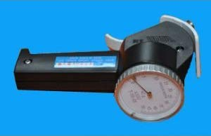 AIGU T-101-20 Drahtspannmesser