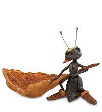 Figurita Hormiga con Canoa 12 cm