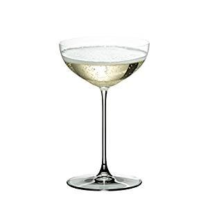 Riedel Vorteilsset 4 x 2 Glas RIEDEL VERITAS COUPE/COCKTAIL 6449/09 und 1 x Riedel Microfaser Poliertuch und Gratis 1 x Trinitae Körperpflegeprodukt