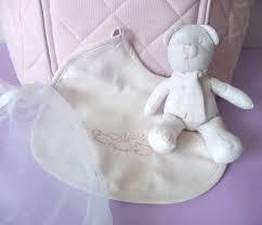 Gisela Graham Coffret cadeau bavoir bébé fille rose Teddy et dans un sac transparent