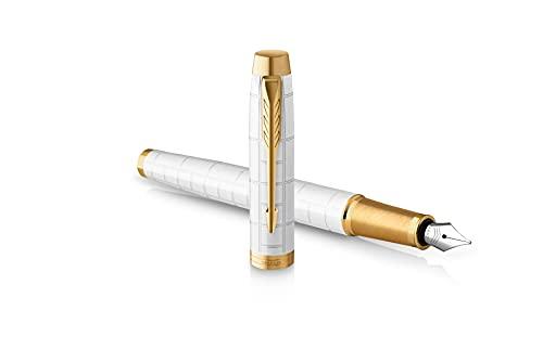 Parker IM pluma estilográfica | Lacada en color perla Premium con adornos dorados| Punta fina con recambio de tinta azul | Estuche de regalo