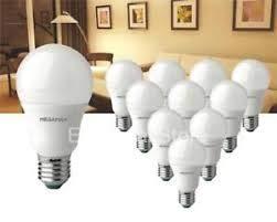 Megaman 143316 - Lote de 10 bombillas LED tipo GLS (E27 ES 2800 K, luz blanca cálida, 9,5 W)