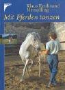 Mit Pferden tanzen. Versammeltes Reiten am losen Zügel. Vertraute Harmonie von Anfang an