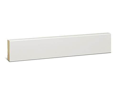 KGM Holzleiste weiß lackiert 50mm | Modern Fussbodenleiste weiss ✓natürliches Kiefer Massivholz ✓für Parkett & Laminat ✓3x lackiert weiss |gerade Holzleisten 16x50x2400mm