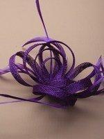 l'Innovation cristal ®-4327 Couleurs vives hesse en boucle net et fascinator plume sur une pince bec avec broche pin.IN VIOLET