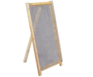 mächtig der welt Komplett mit gewebtem Netz 1200 x 680 mm, Netz 10 mm, Draht Ø2,0 mm, Holzrahmen und Stütze…