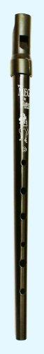 Clarke Pennywhistle TIN WHISTLE Stimmung D schwarz -- die beliebte Whistle vom Originalhersteller aus England mit Grifftabelle und Noten zu 4 Songs