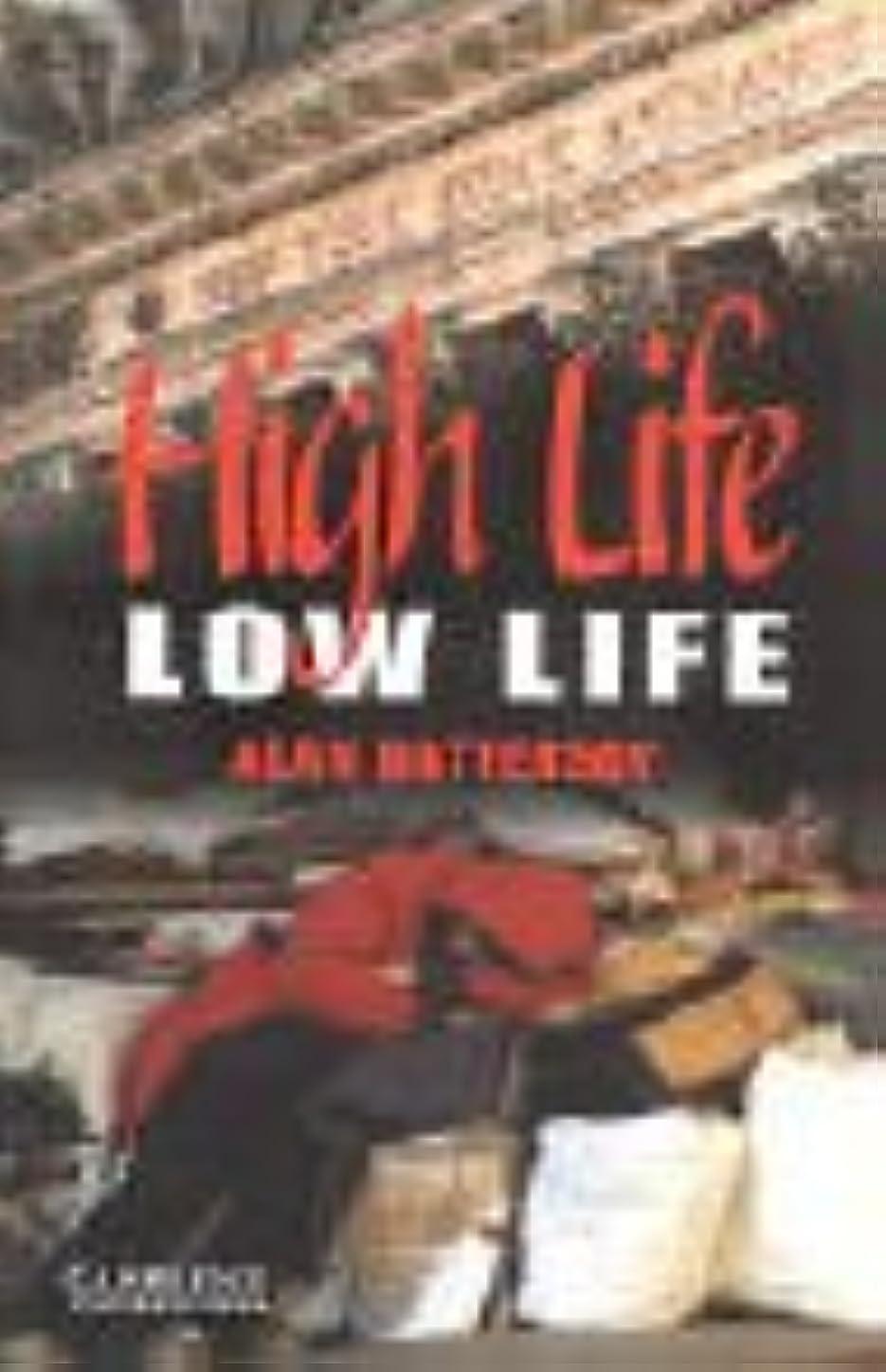 どれ曲線補償High Life, Low Life Level 4 (Cambridge English Readers) (English Edition)