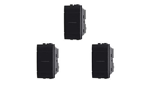 3 interruptores iluminables con movimiento axial perfectamente adaptable con la serie Living Light de Bticino.