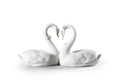 LLADRÓ Endless Love Swans Figurine. Porcelain Swan Figure.