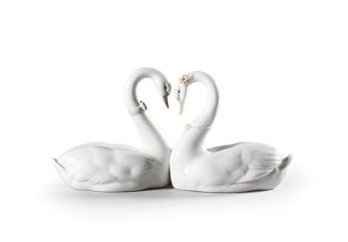LLADRÓ Endless Love Swans Figurine. Porcelain Swan Figure.