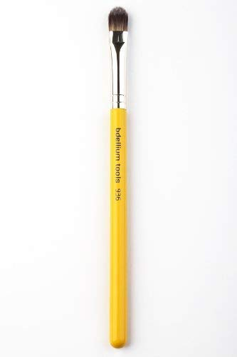 Bdellium Tools Professional Makeup Brush Studio Line  Concealer Application 936