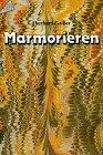 Marmorieren, eine orientalische Färbetechnik für Papier und andere Materialien.