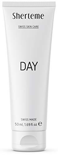 Sherteme DAY Feuchtigkeitscreme | 1x50ml Gesichtscreme für Männer und Frauen | Tagescreme mit Hyaluronsäure und LSF 15 | Anti Falten Creme | Creme gegen Pigmentflecken und Hautalterung | SWISS MADE