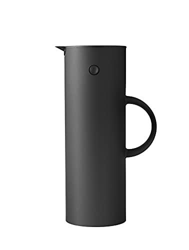 Stelton Isolierkanne EM77 - Doppelwandige Isolierkanne für heiße/kalte Getränke - Tee- & Kaffeekanne mit Glaseinsatz, Magnetverschluss, Schraubdeckel, Vintage-Design - 1 Liter, Weiches Schwarz