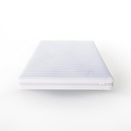 Hilding Sweden Essentials Memoryschaum Matratze in Weiß, 90 x 200 cm, Mittelfeste Matratze aus thermoelastischem Visko-Komfortschaum für alle Schlaftype (H2-H3)