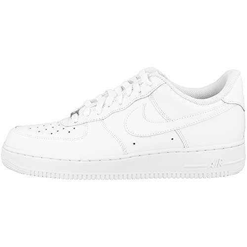 Nike Herren Air Force 1 07 Basketball Shoe, Weiß, 42.5 EU