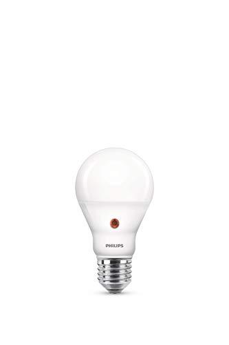 Philips LED Lampe mit Tageslichtsensor ersetzt 60W, warmweiß (2700 Kelvin), 806 Lumen, Lichtsensor