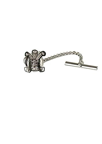 ww76 Plumas del Príncipe de Gales hechas de peltre inglés fino en un alfiler de corbata con cadena