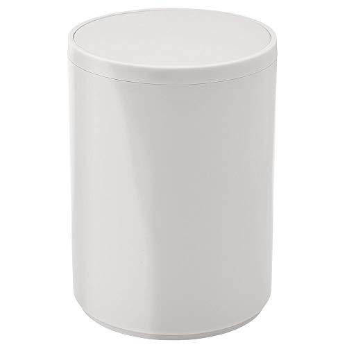 mDesign Cubo de basura con tapa basculante para baño o cocina – Papelera redonda de metal con acabado anticorrosión – Contenedor de residuos compacto con cubeta interior extraíble – gris claro
