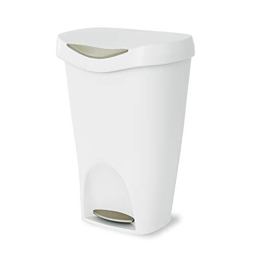 Umbra Brim 13 Gallon Trash Lid-Large Kitchen Garbage Can, White/Nickel