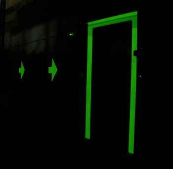Leuchtfarbe Fluorescent weiß, für innen und außen, 400ml