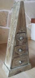 DanDiBo Pyramide Commode 3 tiroirs Bois de Balsa antique 60 cm