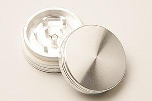DIPSE CNC Alu Grinder Verschiedene Größen & Farben - Für den Gebrauch von Kräuter- und Tabakwaren