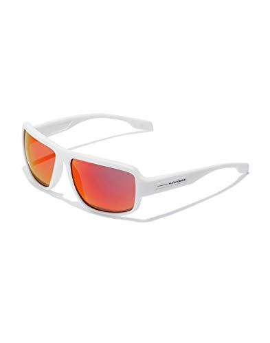 HAWKERS · Gafas de Sol F18 White, para Hombre y Mujer, de diseño sportswear con montura blanca mate con lentes iridiscentes color rojo anaranjado, Protección UV400