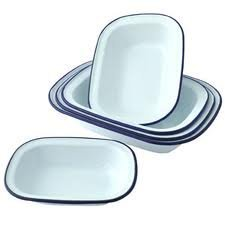 Falcon Enamel Bakeware Set of 6 Oblong Pie Dishes - 2 x 18cm, 2 x 20cm, 2 x 24cm, by Falcon
