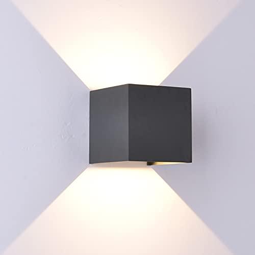 Mantra Iluminación. Modelo DAVOS. Aplique de exterior cuadrado fabricado en aluminio acabado en color gris oscuro