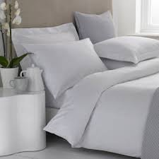 Early's of Witney 100% Egyptian Cotton 400 Thread Count White Duvet Covers (Double Bed)
