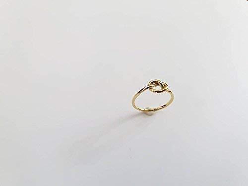 Anello Nodo in Oro Giallo, interamente realizzato a mano.