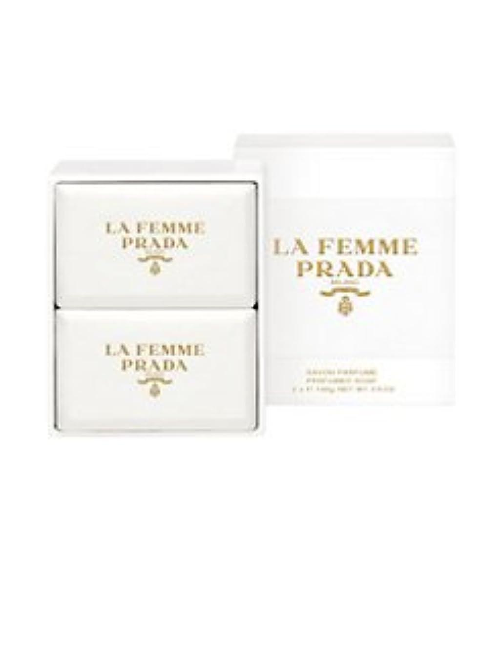 倒錯添付時間とともにLa Femme Prada (ラ フェム プラダ) 1.75 oz (52ml) Soap (石鹸) x 2個 for Women
