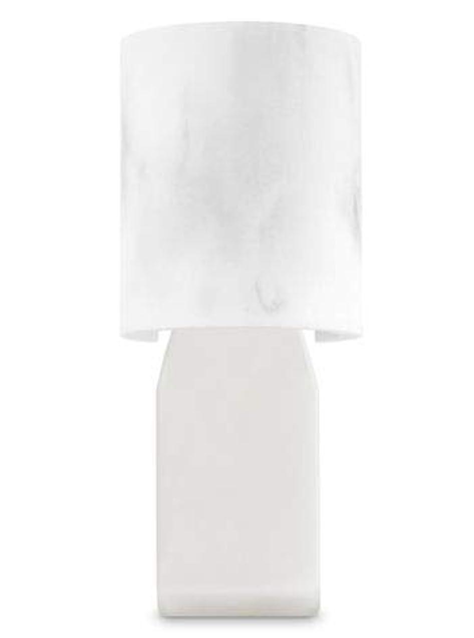 バーゲン制限する熟す【Bath&Body Works/バス&ボディワークス】 ルームフレグランス プラグインスターター (本体のみ) 大理石風 Wallflowers Fragrance Plug Faux Marble [並行輸入品]